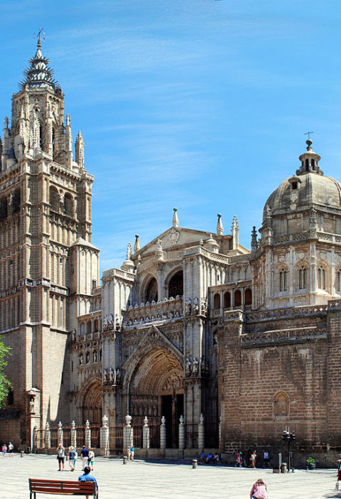 Offers in Tourism in Toledo for the month of August