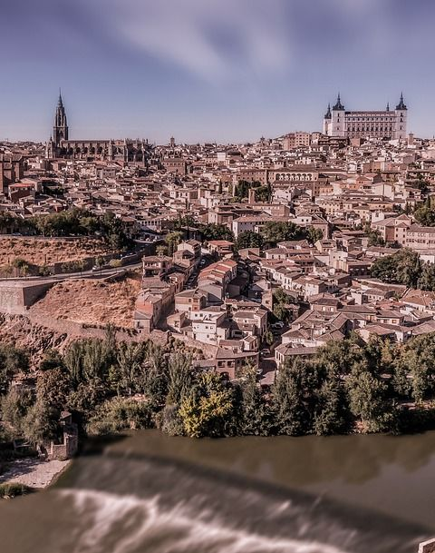 Photographs of Toledo 100 years ago and today