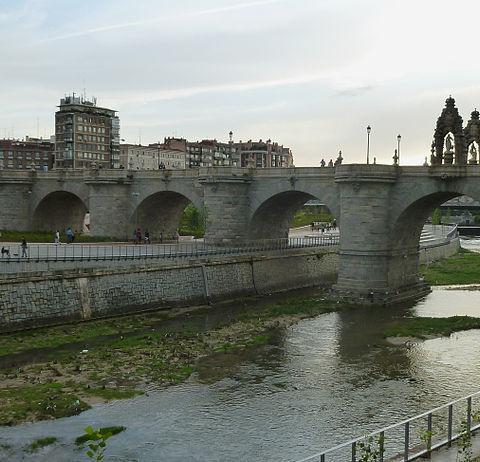 Tourism Offers in Toledo for the Almudena Bridge