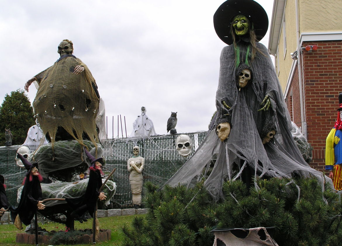 "Visit Toledo on Halloween 2012 and meet "" The Enchanted House of Toledo."""