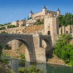 How to cross the Tagus with the Passenger Boat to go to the Pilgrimage of the Valley