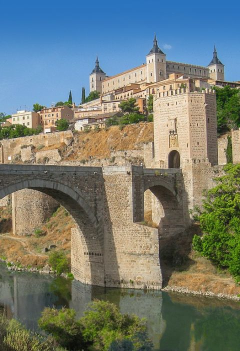 What to do in Toledo on the bridge of May 2017